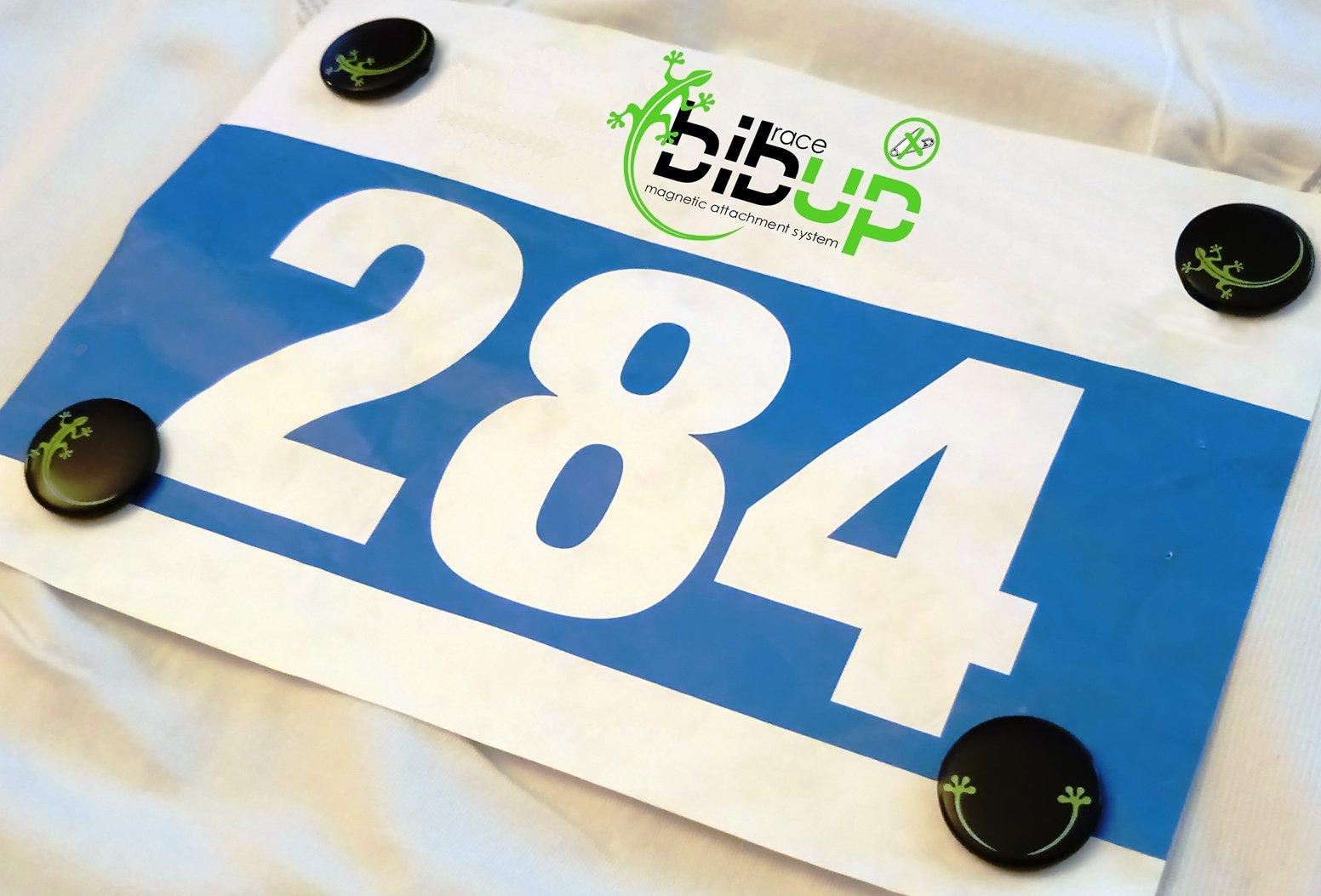 pettorale-racebibup-magnets-hold-support-bib-number-bibup-2.jpg